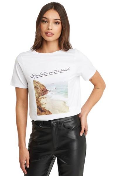 NA-KD Mentally on the Beach T-Shirt