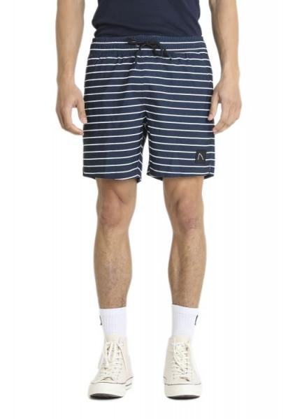Chasin` Isle Stripe Shorts