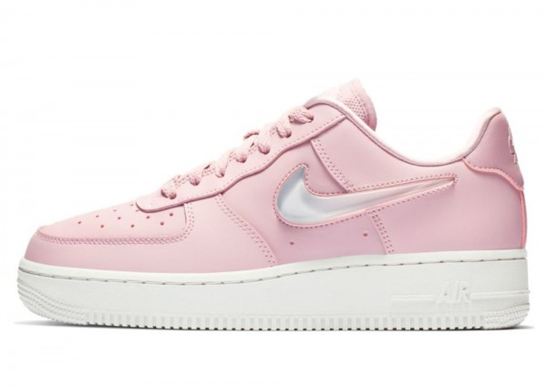 Nike Women's Air Force 1 '07 SE Premium